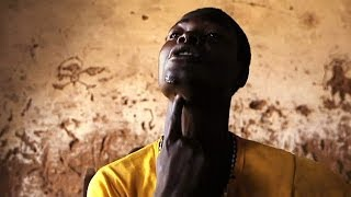 Müslüman adamı önce yaktılar ardından yediler - BBC TÜRKÇE