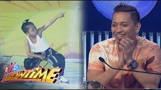 Jhong napa-'Wow' at pinalakpakan ang kanyang MiNiME
