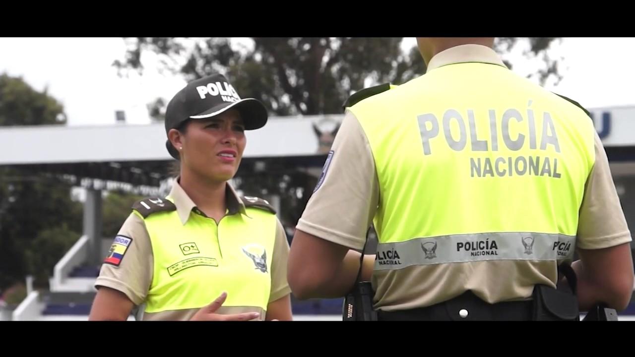 Dotaci n de uniformes a la polic a nacional youtube for Ministerio policia nacional