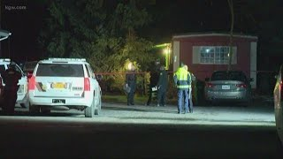 Two people found dead inside Aloha mobile home