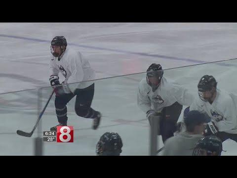 UConn men's hockey battles New Hampshire in big weekend series