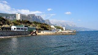 Форос — самый южный курорт Крыма(Поселок славится своими чистыми и благоустроенными галечными пляжами, почти все они бесплатны и общедосту..., 2014-01-07T02:52:51.000Z)