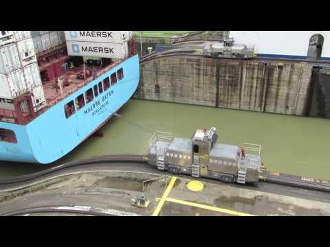 Panama Day 2: Miraflores Locks (Panama Canal)