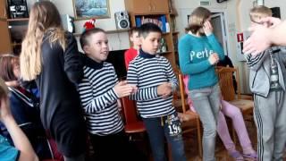 Обучение детей на музыкальных инструментах и футбол Переславль Залесский детский дом 24.06.2017 г.