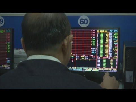 Weak China growth sends markets tumbling