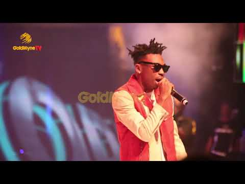 MAYORKUN'S PERFORMANCE AT DAVIDO'S 30 BILLION CONCERT