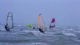 Windsurfing Henichesk Arabatka-Геническ Арабатская Стрелка(Windsurfing the best sport Спасибо, что смотрите мое видео! Ставьте лайки! Подписывайтесь на мой канал., 2016-11-08T05:40:53.000Z)