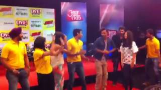 Team YJHD dance to Balam Pichkari