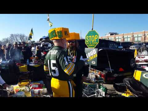 Green Bay Packers LOT 1 tailgating at Lambeau Field GO PACK GO