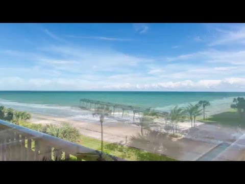 Exquisite Oceanfront Penthouse in Seaquay
