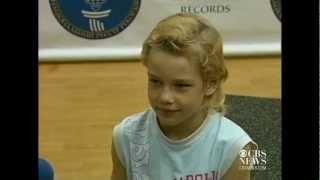 7-year-old does 4,000 push-ups, sets record