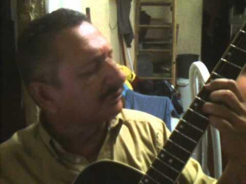 voz e violão cantor cicero carlos