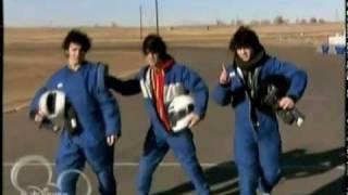 Jonas Brothers: Got Me Going Crazy