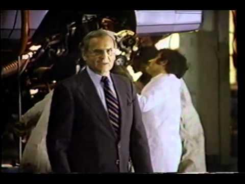Ли Якокка (le Iacocca) в рекламе Chrysler. 1981 год.