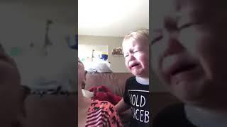 Video VIRAL Ibu dan anak rebutan empeng😂😂 lucu!! download MP3, 3GP, MP4, WEBM, AVI, FLV Oktober 2018
