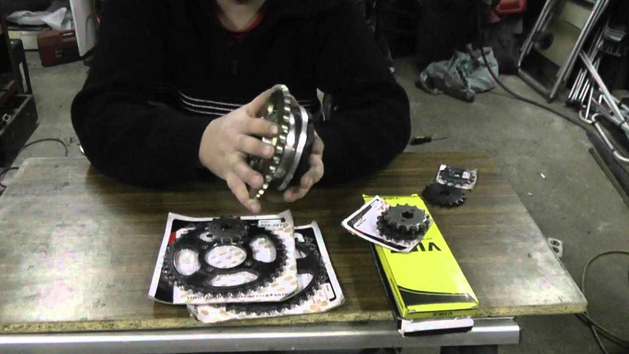 V-образный двигатель на мопед альфа/дельта - YouTube