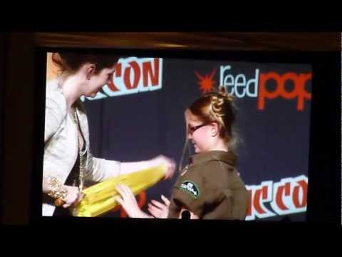 Jewel Staite with young Kaylee cosplayer- NYCC 2012 Firefly Panel
