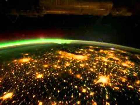 keren!!!!-keindahan-bumi-pada-malam-hari-dari-luar-angkasa,-mau-tahu??