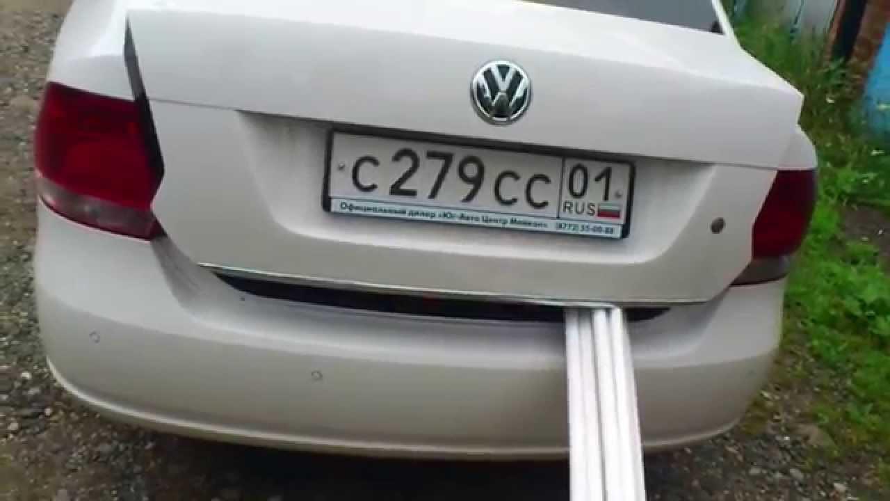 Фиксирование крышки багажника на Фольксваген Поло седан
