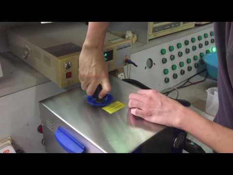 Steam cleaner for Dental or Jewellery Model SJ5-2LG showing how to fill-in water