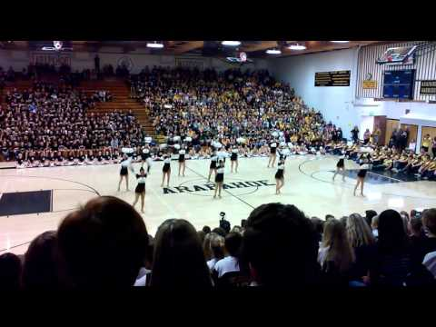 Arapahoe High School Toms Fall Assembly
