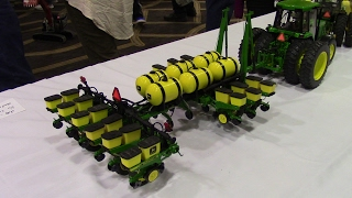 High Detail 1/16 John Deere 12 Row 7200 MaxEmerge Planter