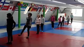 Урок гимнастики в Б-КЛУБЕ г.Арциз!