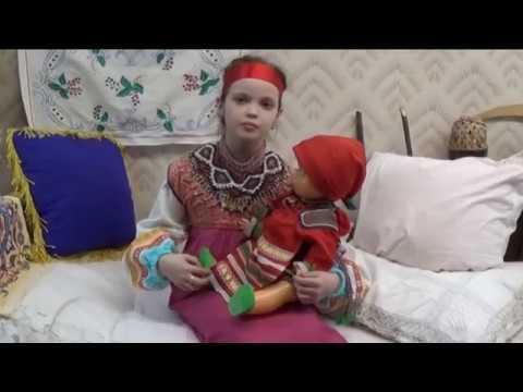 Изображение предпросмотра прочтения – ВероникаЕлисеева читает произведение «Как на тоненький ледок» (Русский фольклор )