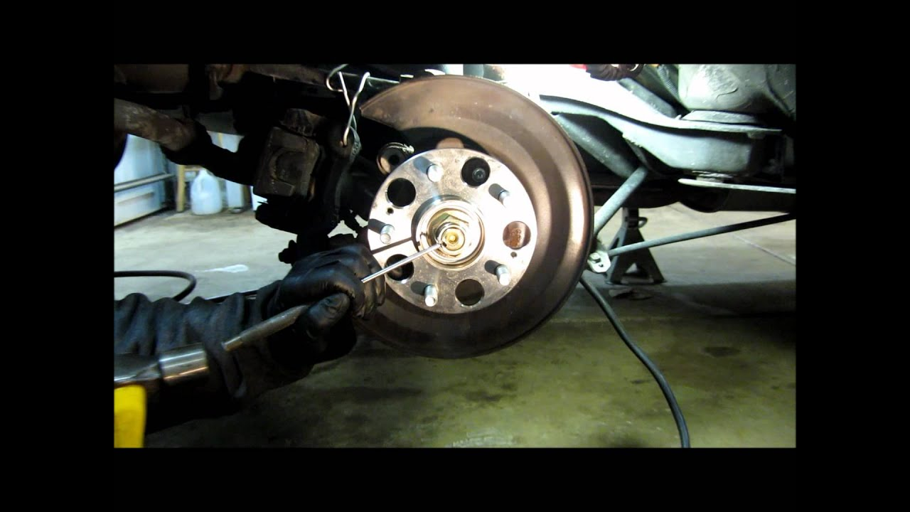 Honda Rear Wheel Bearing Part 2 Wmv Youtube