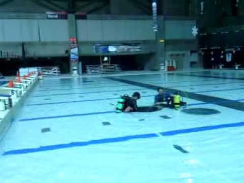 D fi entretien piscine complexe sportif claude robillard for Aspirateur piscine youtube