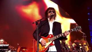 JEFF  LYNNE'S & ELECTRIC  LIGHT ORCHESTRA- Live at Hyde Park 2014 012 Handle With Care