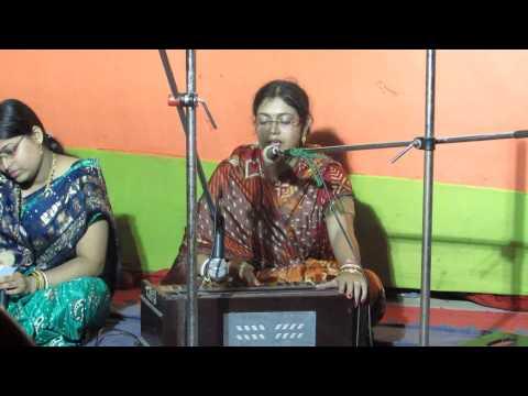 Bhola mon mon amar (Chitra's performance)