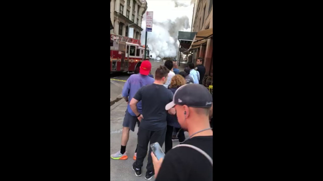 Raw video: Aftermath of steam pipe explosion in Manhattan