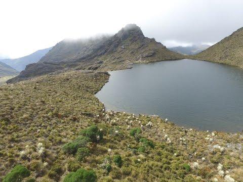 Páramo Santurbán - Vista aérea de sus lagunas (HD)
