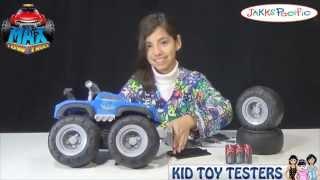Max Tow Truck pulls 200lbs from Jakks Pacific - KidToyTesters