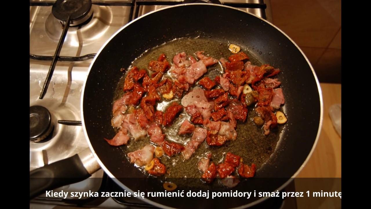 Makaron Tagliatelle Z Szynką I Suszonymi Pomidorami Tagliatelle With Ham And Dried Tomatoes