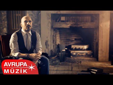 Gripin - Yalnızlığın Çaresini Bulmuşlar (Official Video)