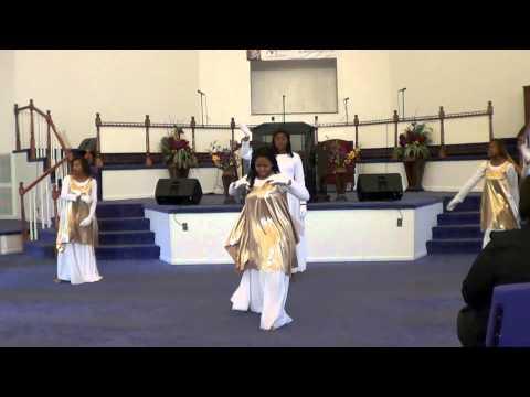 Daughters of Destiny Praise Dancing to Kierra Kiki Sheard - Free