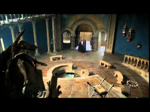 The Bloody Gate At The Eyrie Game Of Thrones Youtube