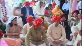 Soomro 03003205000 Karisma Kapoor Wedding Part 4 You Flv