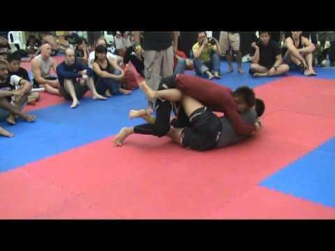 Makoto Ogasawara vs Seung Ho Yang 2009 FBT Thailand BJJ/Grappling Games