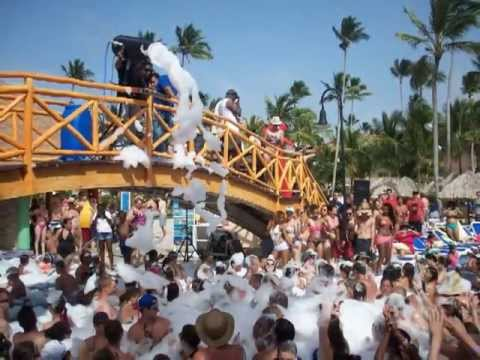 Foam Pool Party Majestic Colonial Punta Cana Youtube