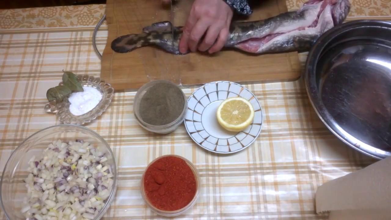 Потушить рыбу в сковороде