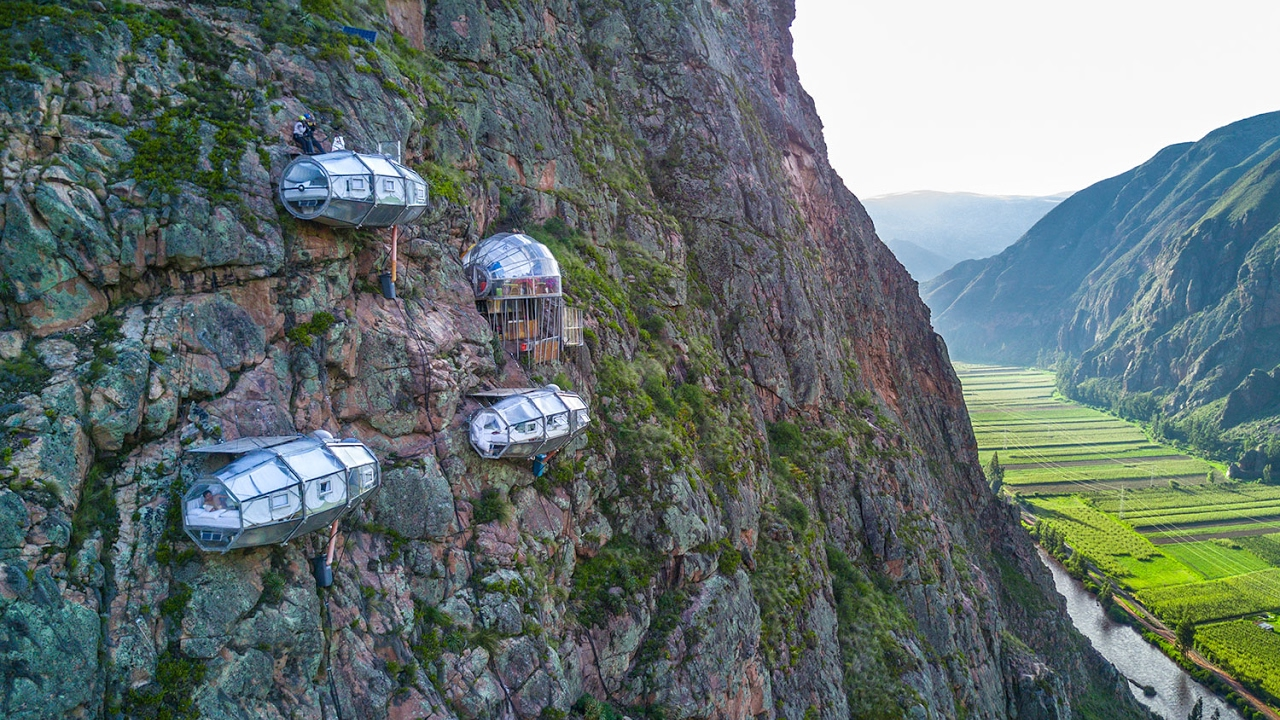 نتيجة بحث الصور عن Skylodge Adventure Suites