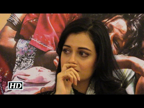 Oh no ! What made Dia Mirza CRY ?
