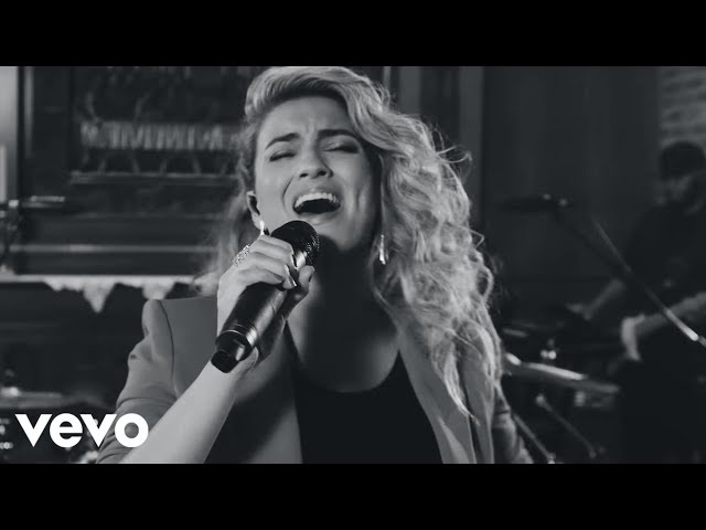 Tori Kelly | Official Website