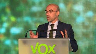 Vox incluye a Casado en el Gobierno de Sánchez como