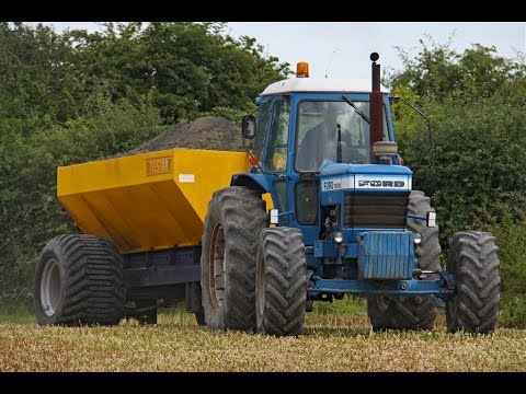Classic in action!   Highly original Ford TW-20 spreading lime