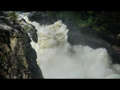 Сплав по реке Снежная - Безымянные пороги по большой воде