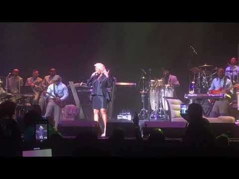 Patti LaBelle Singing Somebody Loves You Baby Live